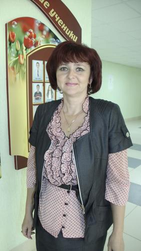 Директор СШ №16 г.Мозыря Оксана Михайловна Ковалькова