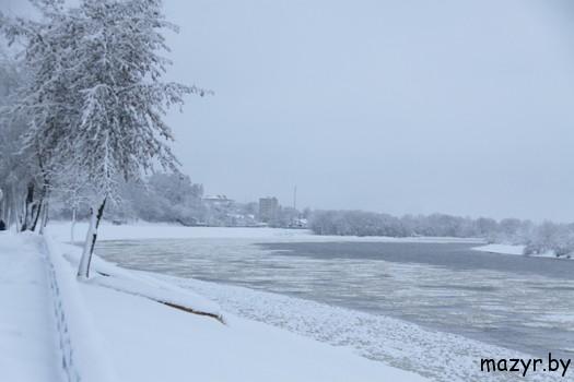Мозырь, набережная, декабрь 2012
