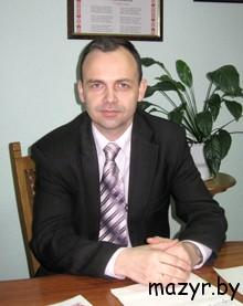 начальник отдела ЖКХ и по проблемам ликвидации последствий катастрофы на ЧАЭС Д.В.Миллер (Мозырь)
