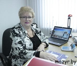 """главный бухгалтер ОАО """"Мозырьпромстрой"""" Любовь Мартыновна Рубанович."""