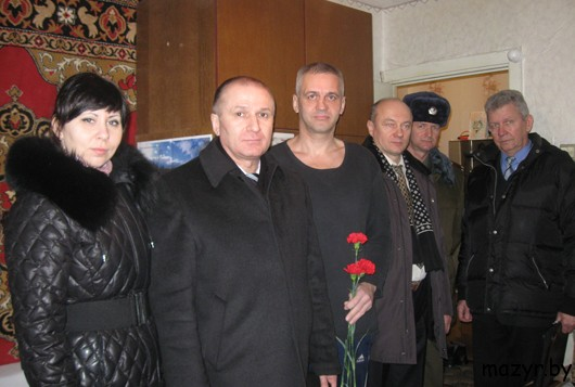 Навестили воина-интернацианалиста ивалида 2 группы Василия Анучина