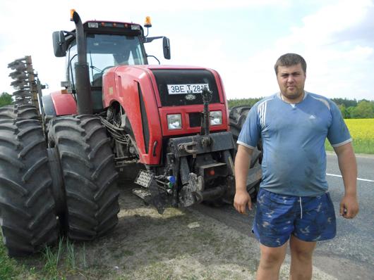 """С.А.Рзаев –  механизатор, которому """"подвластны"""" все виды техники."""