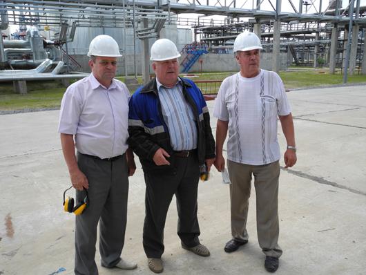 главный инженер А.А.Бильдейко, мастер М.И.Метлушко и прораб А.А.Вальтер