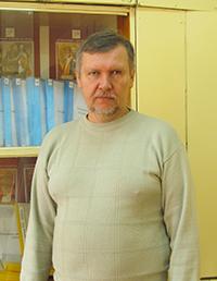 Геннадий Татаринов