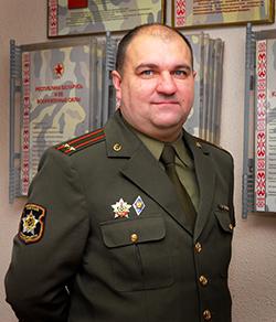 Евгений Шмырев