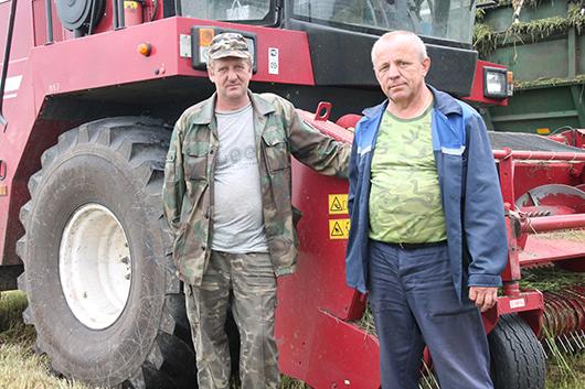 И.В.Петров и Н.Ф.Каченя – одни из лучших механизаторов КСУП «Мозырская овощная фабрика».