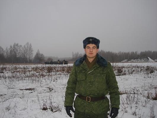 старший лейтенант Гришин Андрей на боевой позиции