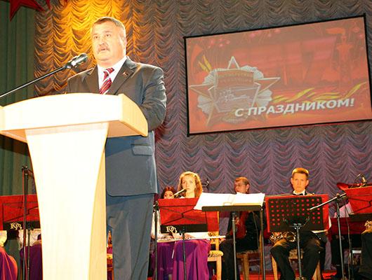 торжественный концерт, посвященный 98-й годовщине Октябрьской революции в Мозыре