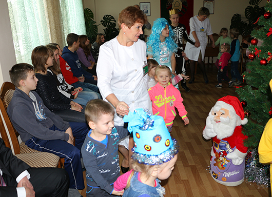 Новогодний праздник-2016 в Мозырской детской больнице