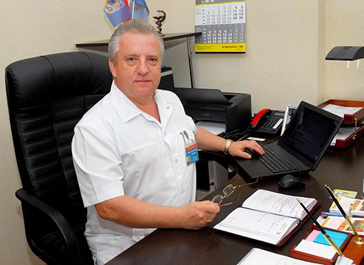 Иосиф Юльянович возглавляет  поликлинику  с 2011 года.