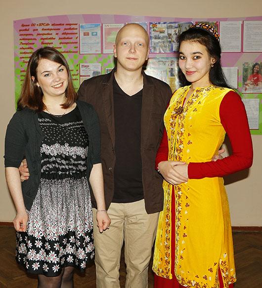 Карина Кунгер, Анатолий Шаповалов, Аннагуль Артыкова