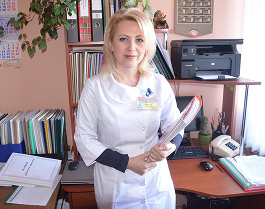 Оксана Леонидовна Немченя, главная медсестра поликлиники. Для этой работы важен не только профессионализм медицинской сестры, но и качества управленца.
