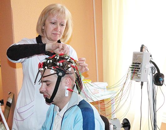 Старшая медсестра отделения Ольга Иосифовна Савинская.
