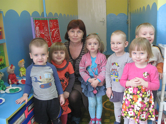 В.П.Щелкова убеждена в том, что с ребенком нужно общаться на равных и как можно чаще.