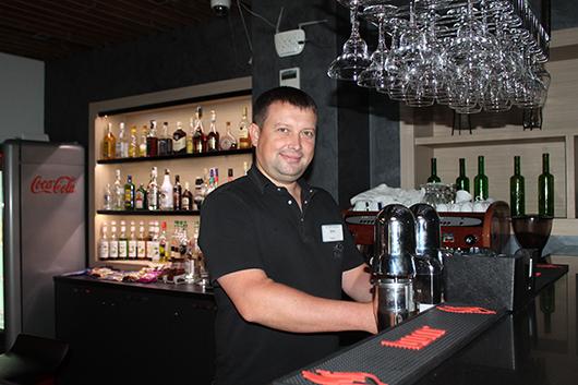 У бармена Эрика Прохоренко творческая профессия.