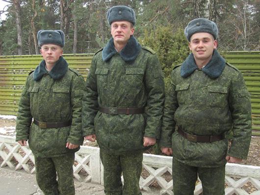 Рядовые Цыза, Антипенко, Зеленко.