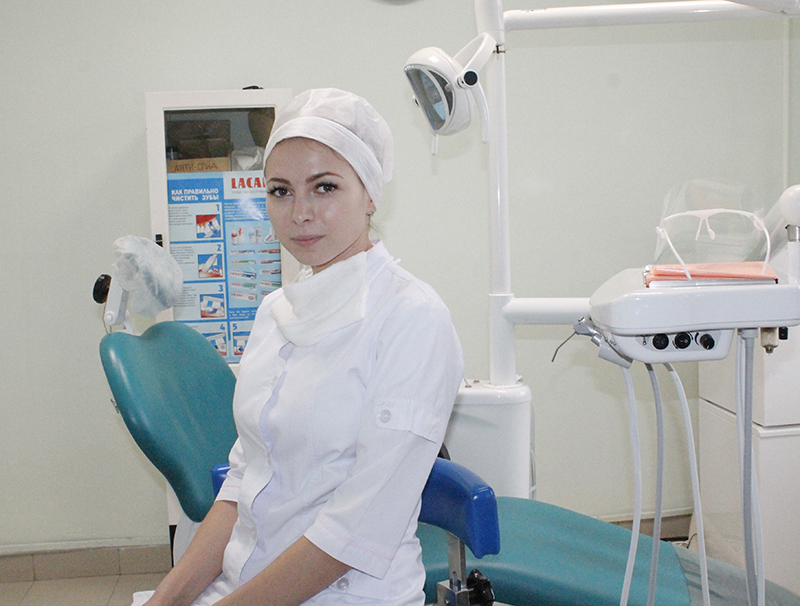 стоматолог хирург фото