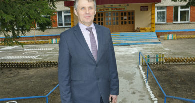 Вячеслав Фалинский, директор Скрыгаловской школы о целях педагогики, проблемах, особенностях и достижениях