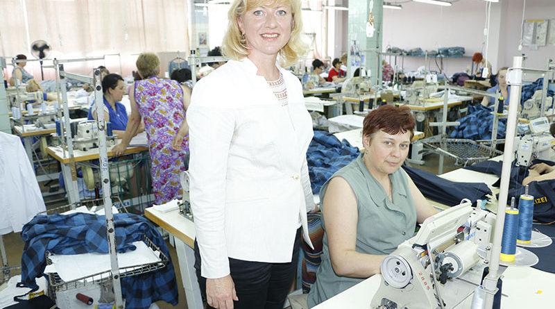 Мозырская швейная фабрика «Надэкс»: красиво шить не запретишь