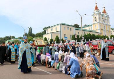 Крестный ход из Мозыря в Юровичи