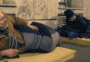 Новый закон в Венгрии запрещает бездомным спать на улицах