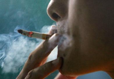 Риск заболеть раком у злостных курильщиков выше почти в 30 раз