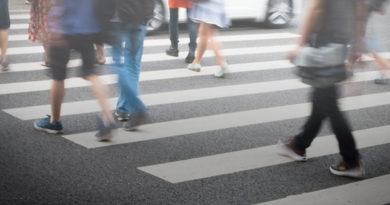 15 января в Мозыре в районе ТЦ «Апельсин» под колеса автомобиля попал человек, переходивший дорогу по пешеходному переходу