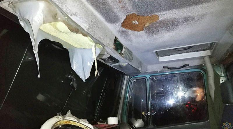 В машине взорвался баллончик автоприсадки: водитель получил ожоги
