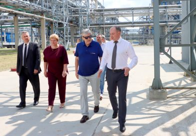 Сегодня Посол Российской Федерации в Республике Беларусь Евгений Лукьянов посетил ОАО «Мозырский НПЗ»